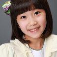 어린 김윤희 역