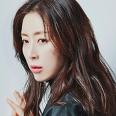 김윤진 역