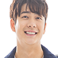 김진우 역
