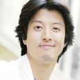윤수혁 역